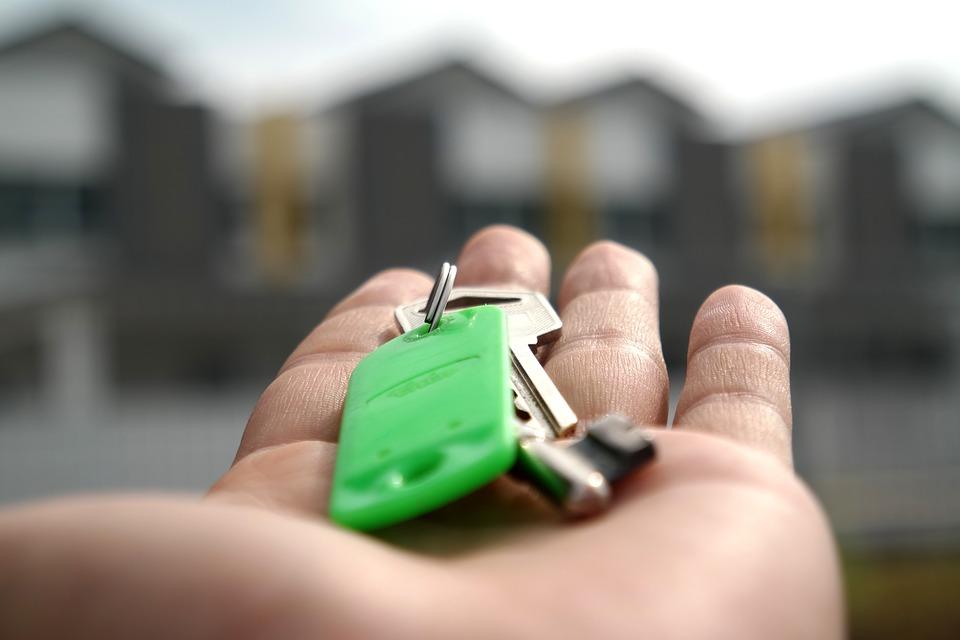 keys to a rental property