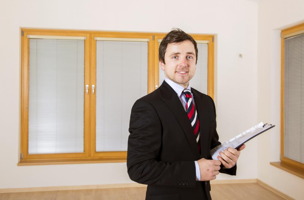 Read property manager reviews before hiring a property manager